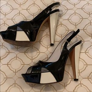 Sergio Rossi high heel bulk and wht shoes